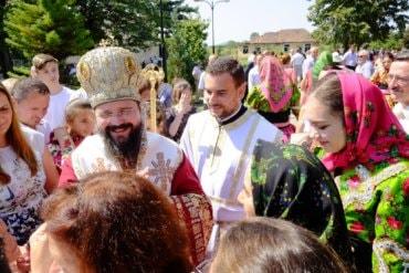 La chemarea frățească a PS Părinte Episcop Iustin Hodea al Maramureșului și Sătmarului, PS Părinte Episcop Macarie Drăgoi al Europei de Nord a săvârșit Sfânta Liturghie de Praznicul Adormirii Maicii Domnului la Mănăstirea Bixad, județul Satu-Mare, 15 august 2017
