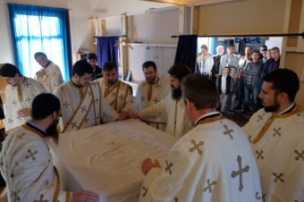 Vizite pastorale ale Părintelui Episcop Macarie la comunitățile de români din Danemarca și Suedia