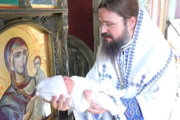 """PS Episcop Macarie: """"Sfinții Ioachim și Ana sunt un exemplu pentru noi de cum poate fi pusă în lucrare căsătoria"""""""
