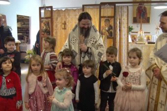 """Cântecelul: """"Vine, vine primăvara!"""" Împreună cu cei mici de la școala parohială din Odense, Danemarca, 7 martie 2020"""