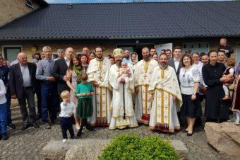 Duminica Sfinților Români  În Duminica Sfinților Români, 21 iunie 2020, Preasfințitul Părinte Episcop Macarie a săvârșit Sfânta Liturghie de hram în comunitatea euharistică din Roskilde, Regatul Danemarcei