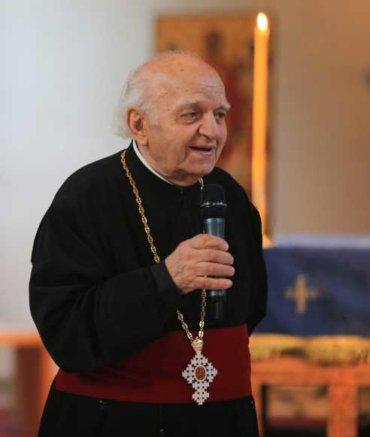Părintele Nicolae Bordașiu a traversat acest secol de Românie cu prea multele sale dureri, dar și cu bucuria întâlnirilor providențiale