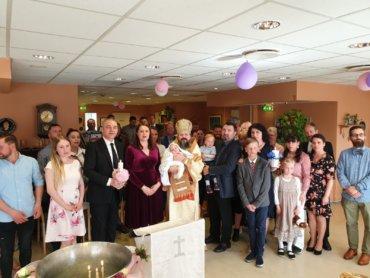Sunt în vizită la frații noștri români din nord-vestul Norvegiei, iar astăzi, 18 mai 2019, în parohia românească din Molde, am botezat, în numele Preasfintei Treimi, doi copilași, pe Luca-Andrei și pe Ana-Sofia …