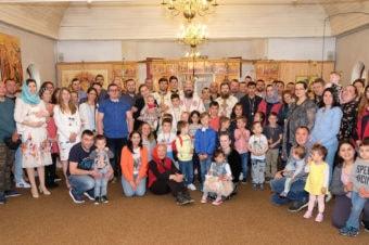 """PS Părinte Episcop Macarie către tineri: """"Păziți-vă tinerețea de curentele otrăvitoare ale acestei lumi care pot să vă târască în prăpastia ratărilor și eșecurilor!"""""""
