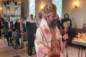 Liturghie arhierească în Parohia Vaxjo (preluare TRINITAS TV)