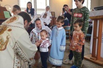 """PS Părinte Episcop Macarie: """"Luptă îngerii umăr la umăr cu noi pentru mântuirea noastră?"""", Prăznuirea Sfinților Arhangheli, Borås, Suedia, 8 noiembrie 2020"""