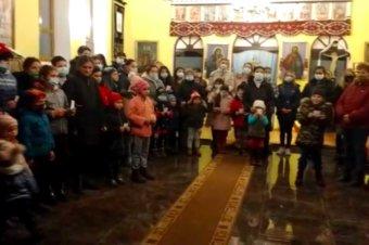 Copilașii din Valea Viilor și Copșa Mică ne colindă, vestindu-ne Nașterea Domnului