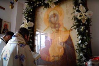 """Episcopul Macarie: """"Maica Domnului, hrănește sufletele noastre cu dulceața pocăinței trezitoare!"""", Paraclisul Episcopal din Stockholm, Cinstirea Icoanei Maicii Domnului """"Eu sunt cu voi și nimeni împotriva voastră!"""", duminică, 28 martie 2021"""