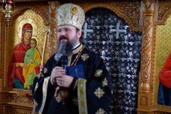 """Episcopul Macarie în satul său natal: """"Prizonieri în această lume ca într-o cușcă"""", Liturghia Darurilor înainte Sfințite, miercuri, 14 aprilie 2021, Spermezeu, jud. Bistrița-Năsăud"""