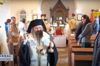 Preasfințitul Părinte Macarie a slujit la mănăstirea românească din Ikast (preluare TRINITAS.TV)