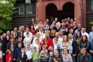 Preasfințitul Părinte Episcop Macarie Drăgoi al Episcopiei Europei de Nord în slujire euharistică la Göteborg în Regatul Suediei de praznicul Tăierii Capului Sfântului Ioan Botezătorul, duminică, 29 august 2021