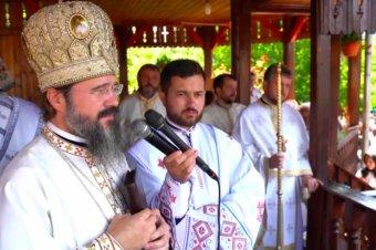 """Episcopul Macarie în satul său natal: """"Omul are nevoie de om!"""", Cuvânt în Duminica vindecării slăbănogului din Capernaum, Spermezeu, Bistrița Năsăud, 1 august 2021"""