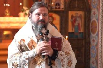 """Episcopul Macarie: """"Nu există a treia cale pentru om! Fie în comuniune cu Dumnezeu, fie în robie cu diavolul!"""", Duminica vindecării demonizatului, Sfânta Liturghie, Copenhaga, 24 octombrie 2021"""
